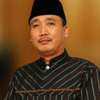 DR.KH.Mohamad Hidayat,MH,MBA